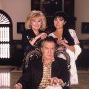 Familia Alvarez: Don Severiano, Consuelo, Cristina