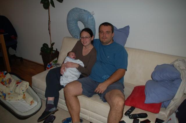 3. november tkole se pa doma vsi 3je stiskamo :-)