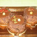 To je pa moja prva torta